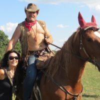 Bábovka a šerif Šerif, organizátor 19. s.-č. potlachu Lopašov 2012